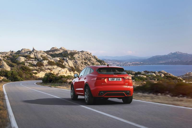 جاكوار E-Pace Checkered Flag